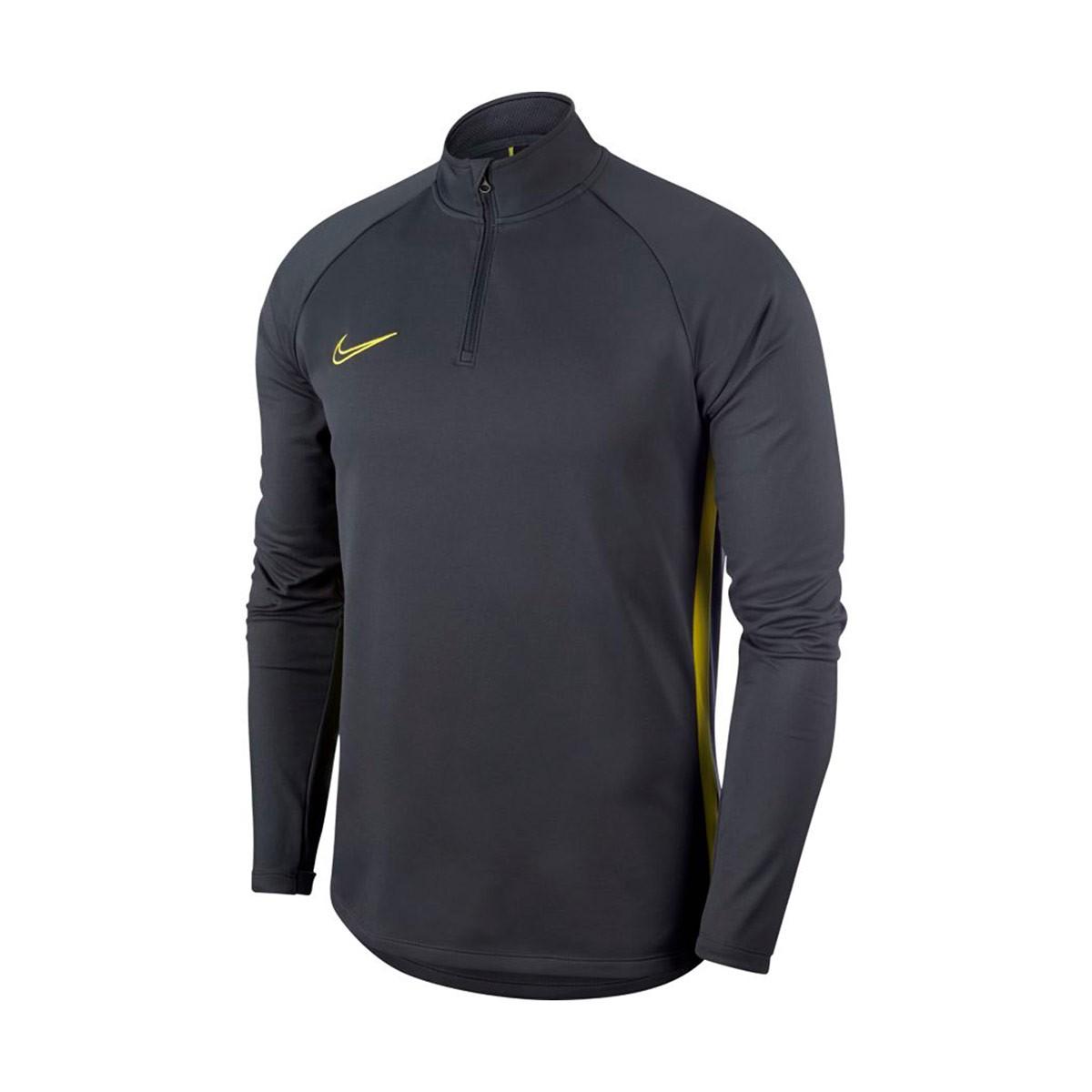 t shirt nike dry fit