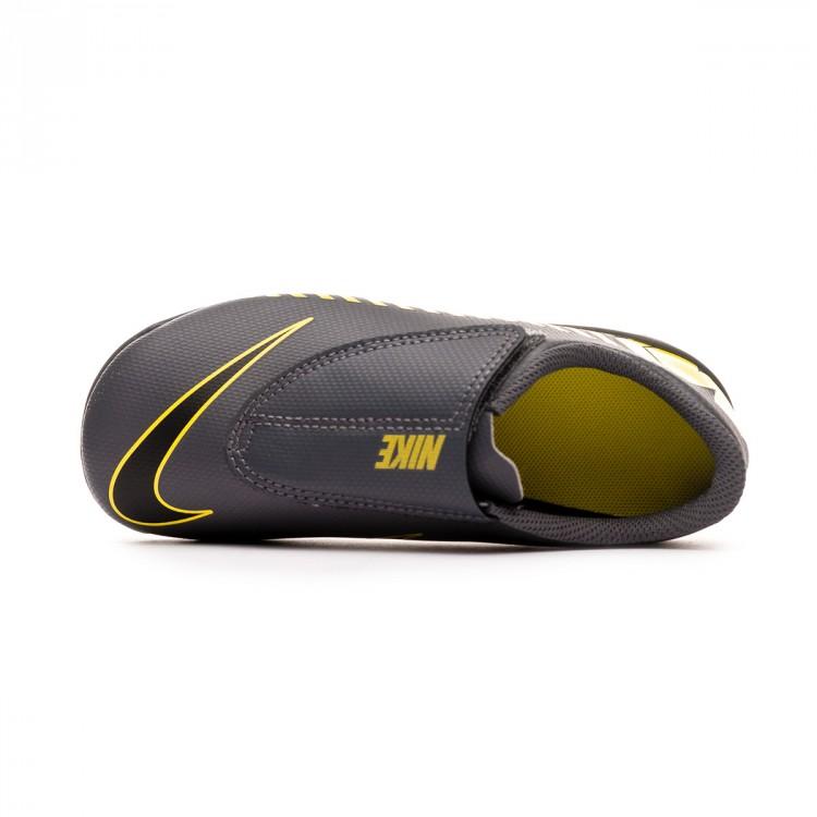 bota-nike-mercurial-vapor-xii-club-mg-nino-dark-grey-black-optical-yellow-4.jpg