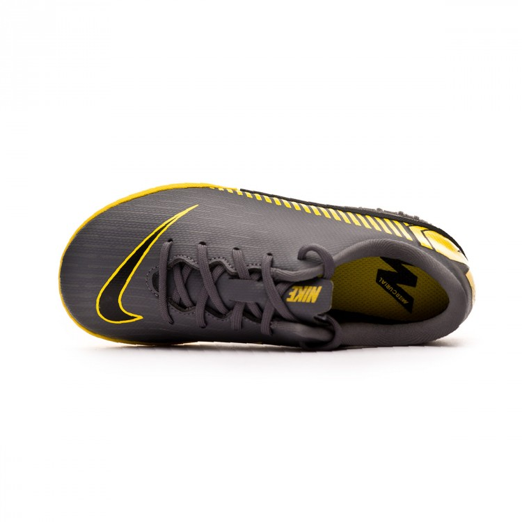 zapatilla-nike-mercurial-vaporx-xii-academy-turf-nino-dark-grey-black-optical-yellow-4.jpg