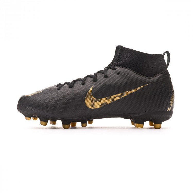 bota-nike-mercurial-superfly-vi-academy-mg-nino-black-metallic-vivid-gold-2.jpg