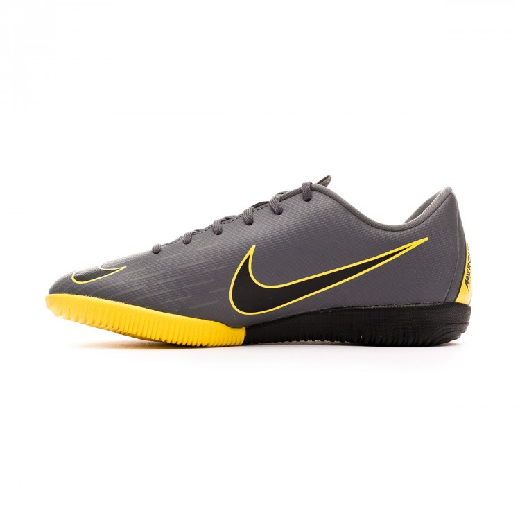 zapatilla-nike-mercurial-vaporx-xii-academy-neymar-jr-ic-nino-dark-grey-black-optical-yellow-2.jpg