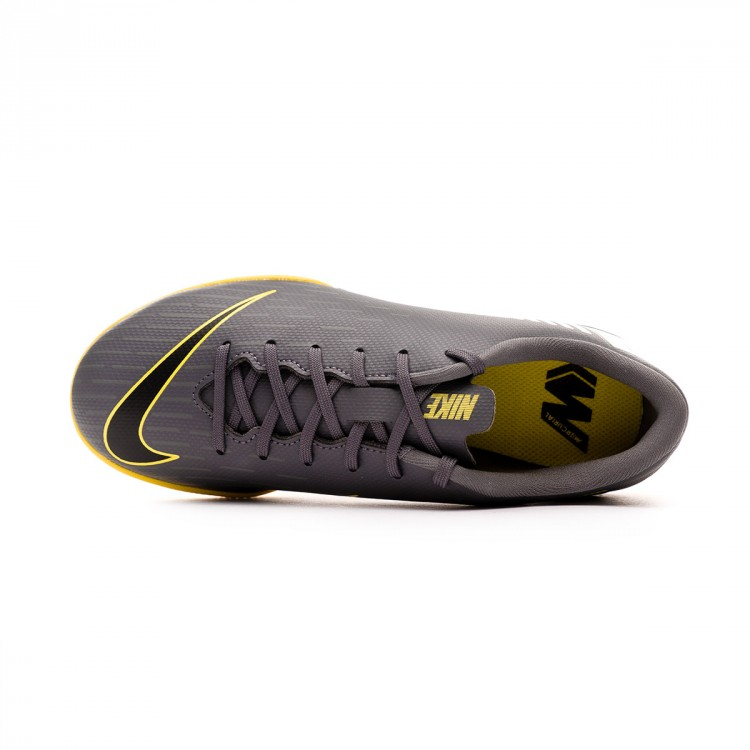 zapatilla-nike-mercurial-vaporx-xii-academy-neymar-jr-ic-nino-dark-grey-black-optical-yellow-4.jpg