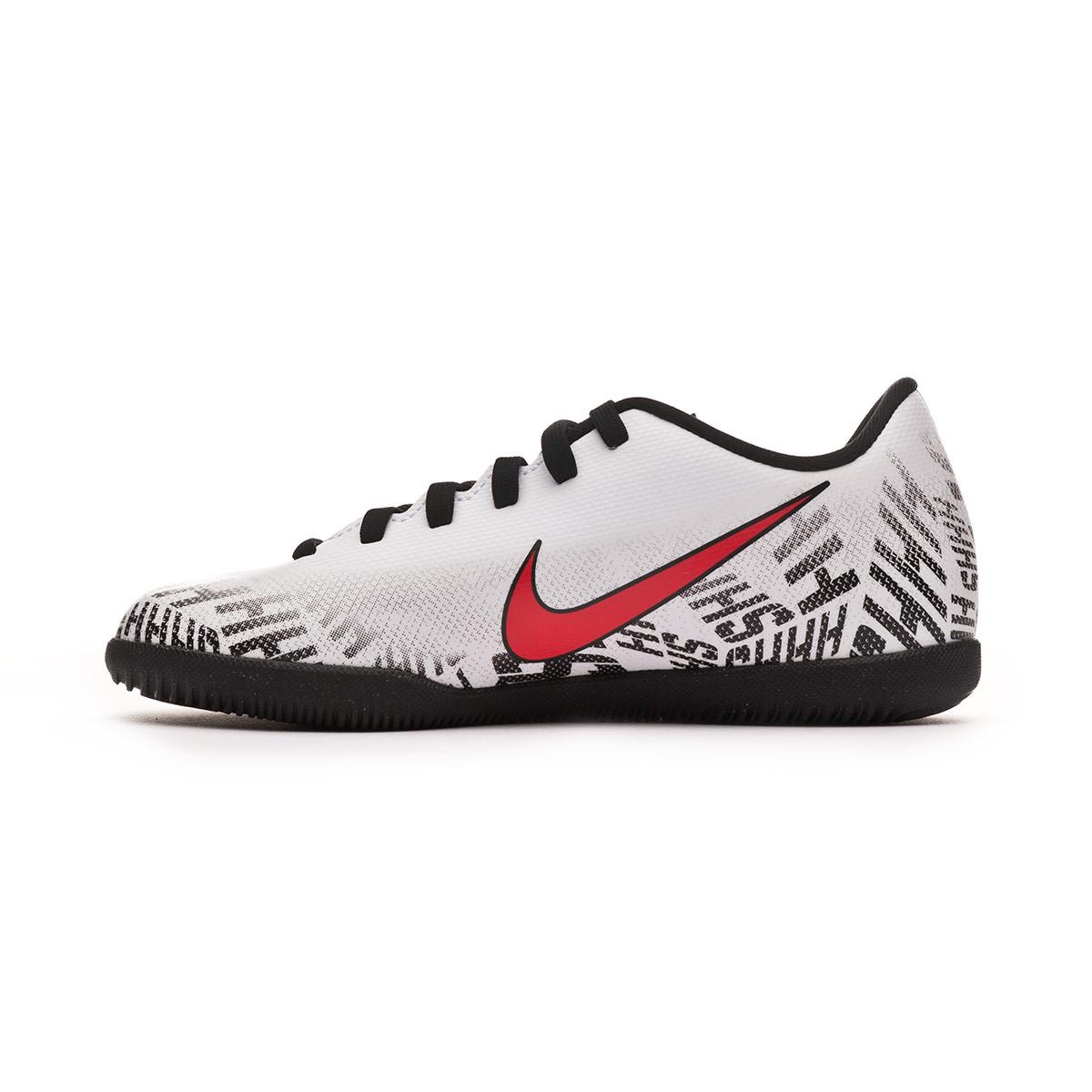 cc0dcb50689e Futsal Boot Nike Mercurial Vapor XII Club Neymar Jr IC Niño White-Challenge  red-Black - Football store Fútbol Emotion