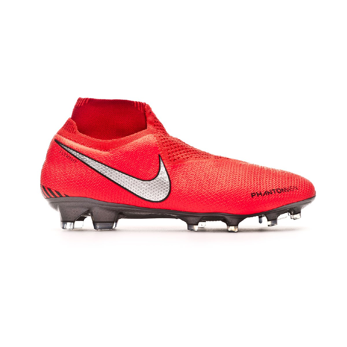 2afc0204c8a54 Football Boots Nike Phantom Vision Elite DF FG Bright crimson-Metallic  silver - Tienda de fútbol Fútbol Emotion