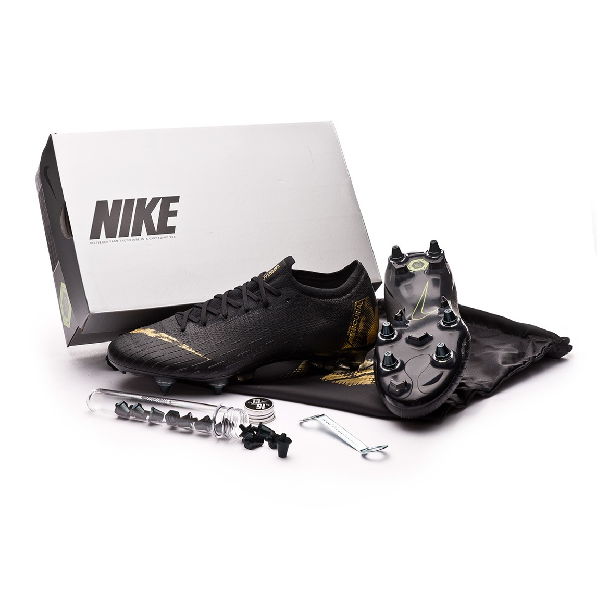 6e41824e57fd2 Football Boots Nike Mercurial Vapor XII Elite Anti-Clog SG-Pro Black-Metallic  vivid gold - Football store Fútbol Emotion