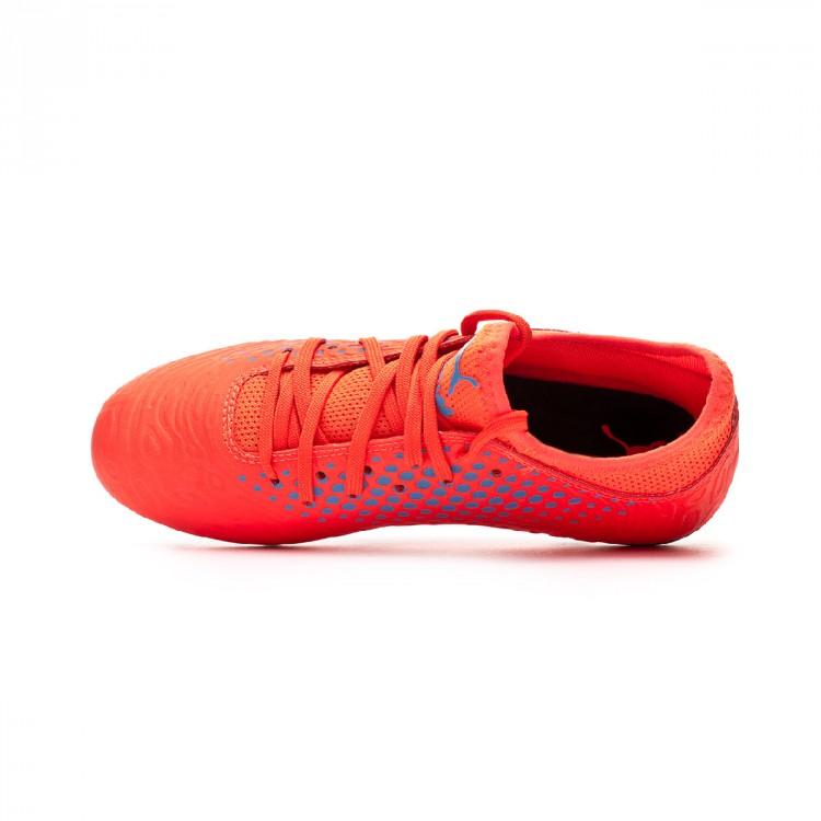 bota-puma-future-19.4-fgag-nino-red-blast-bleu-azur-4.jpg