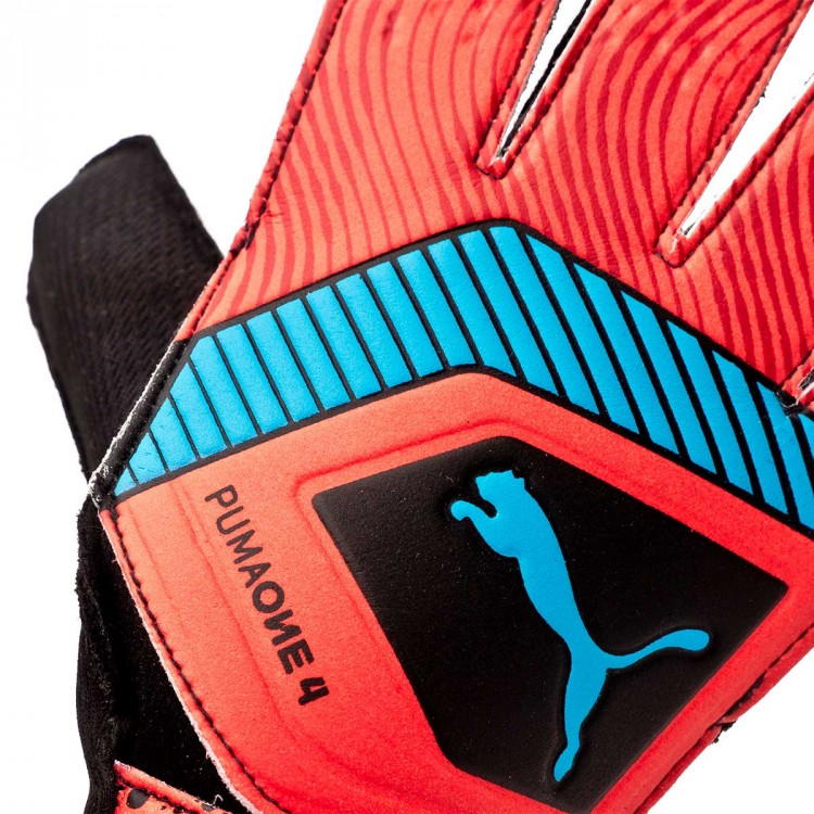 guante-puma-one-grip-4-red-blast-bleu-azur-black-4.jpg