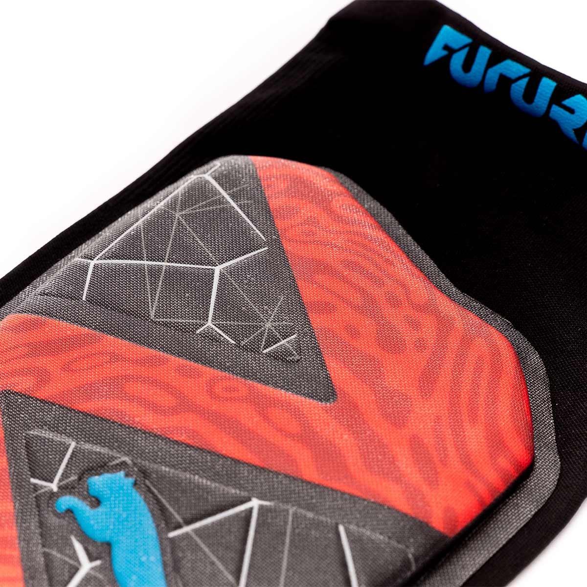 algodón Becks hipoteca  Shinpads Puma Future 19.1 Red blast-Black-Bleu azur - Football store Fútbol  Emotion