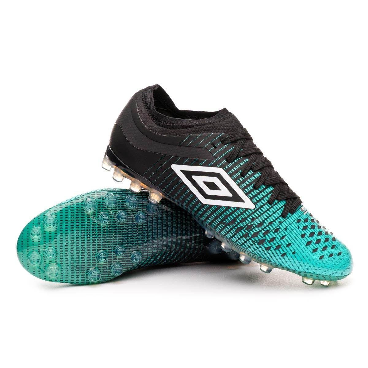 black umbro football boots