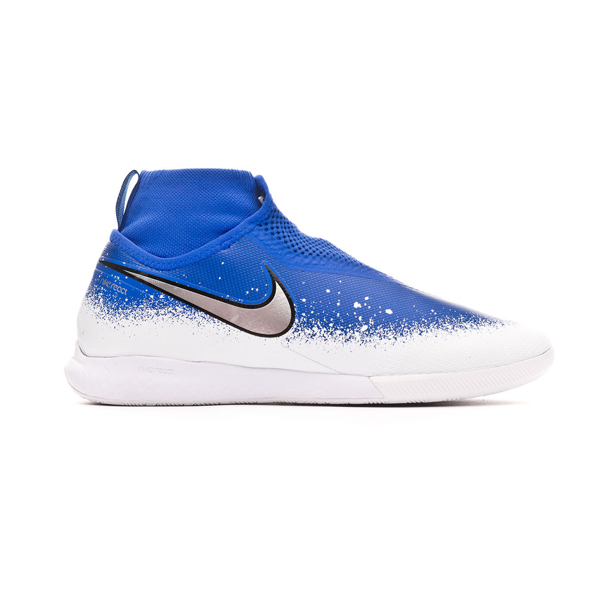 Presa laberinto capa  Futsal Boot Nike React Phantom Vision Pro DF IC Racer blue-Chrome-White -  Football store Fútbol Emotion