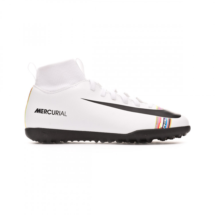 zapatilla-nike-mercurial-superflyx-vi-club-cr7-turf-nino-white-black-1.jpg
