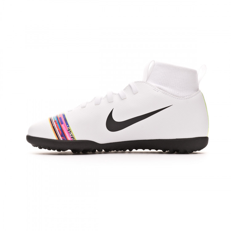 zapatilla-nike-mercurial-superflyx-vi-club-cr7-turf-nino-white-black-2.jpg