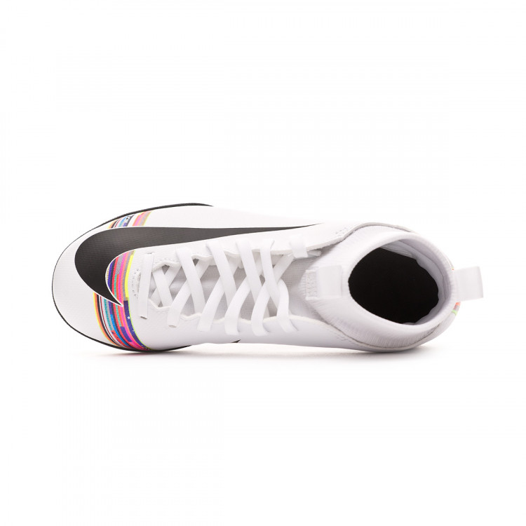 zapatilla-nike-mercurial-superflyx-vi-club-cr7-turf-nino-white-black-4.jpg