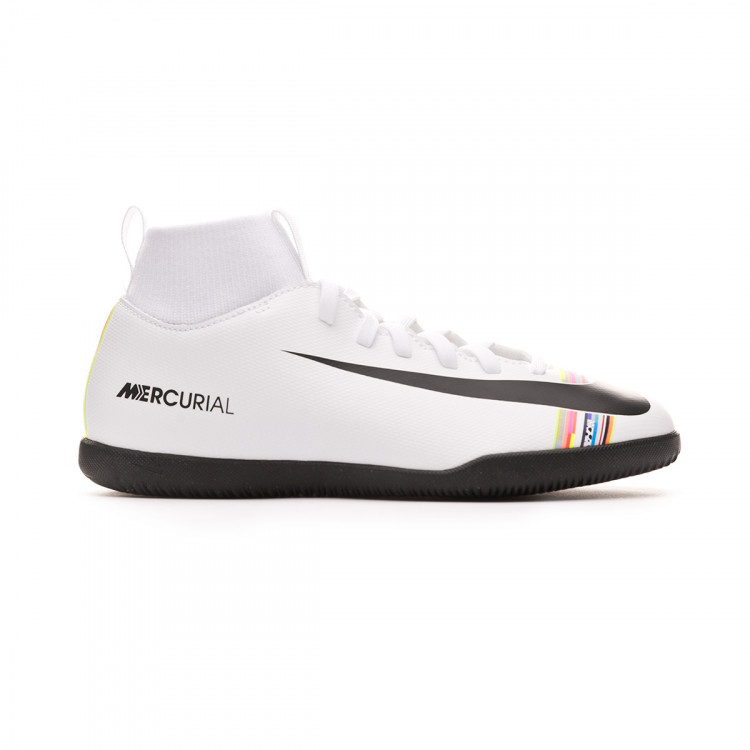 zapatilla-nike-mercurial-superflyx-vi-club-cr7-ic-nino-white-black-1.jpg
