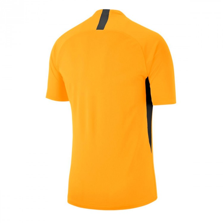 camiseta-nike-legend-mc-nino-university-gold-black-1.jpg