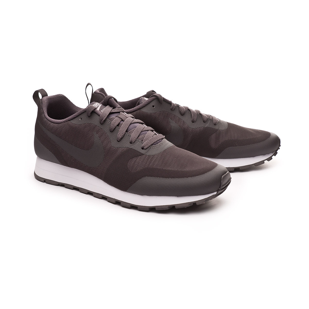 768a7d0fc09 Trainers Nike MD Runner 2 19 Thunder grey-Gunsmoke-Black - Football ...