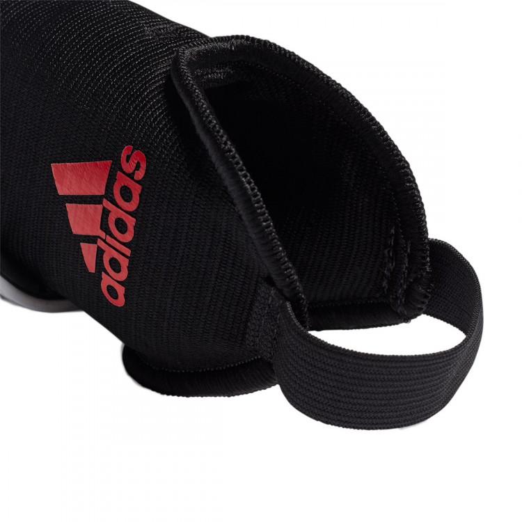 espinillera-adidas-x-nino-silver-metallic-hi-res-red-black-3.jpg