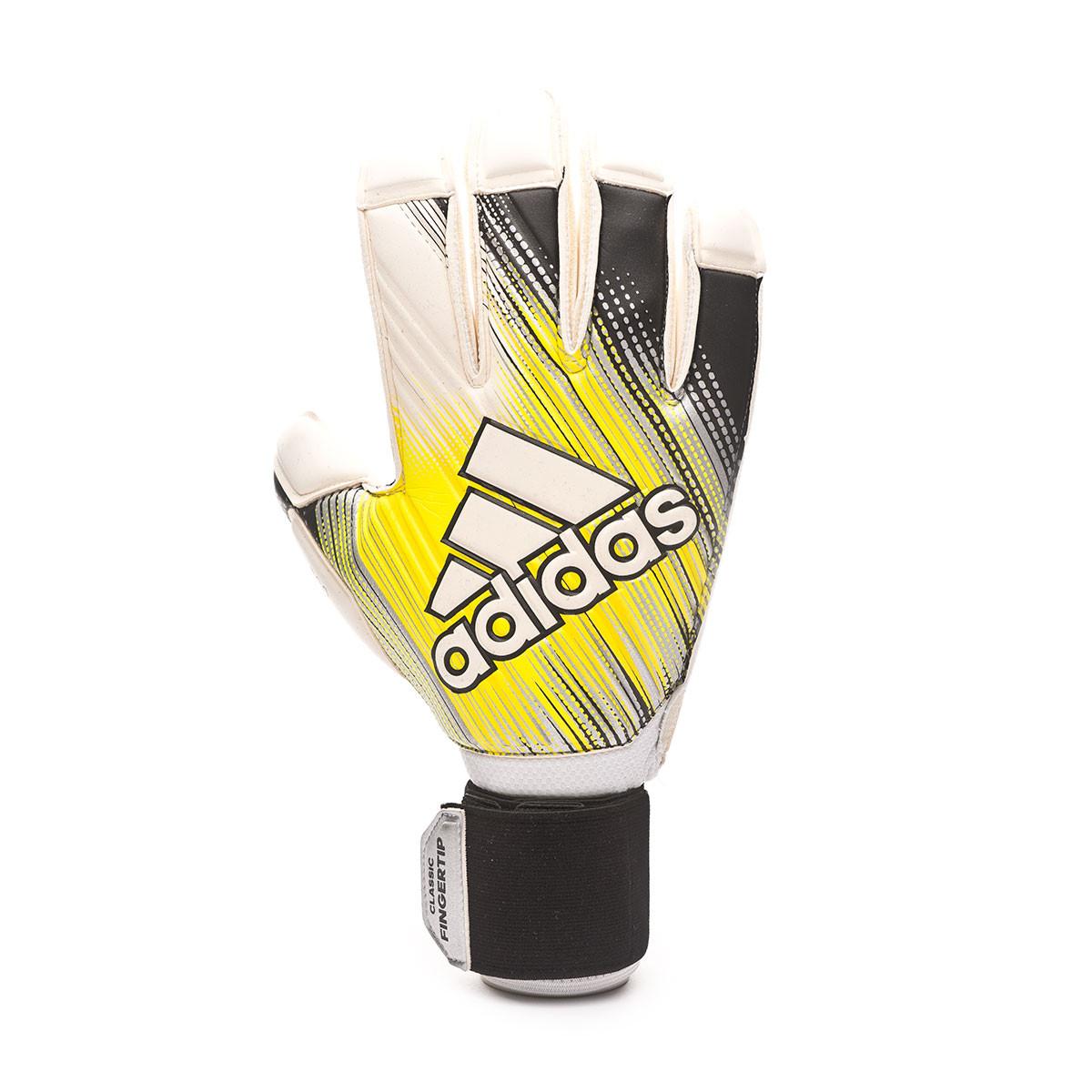Adidas Predator Pro Classic Soccer Goalkeeper Gloves (BlackWhite)