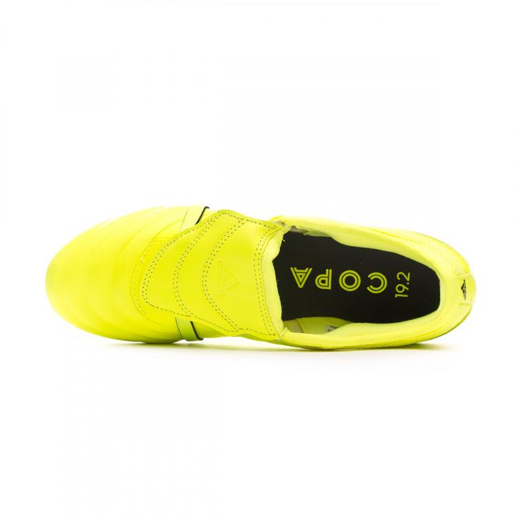 bota-adidas-copa-gloro-19.2-sg-solar-yellow-core-black-solar-yellow-4.jpg