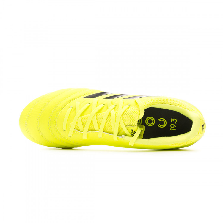 bota-adidas-copa-19.3-ag-solar-yellow-core-black-solar-yellow-4.jpg