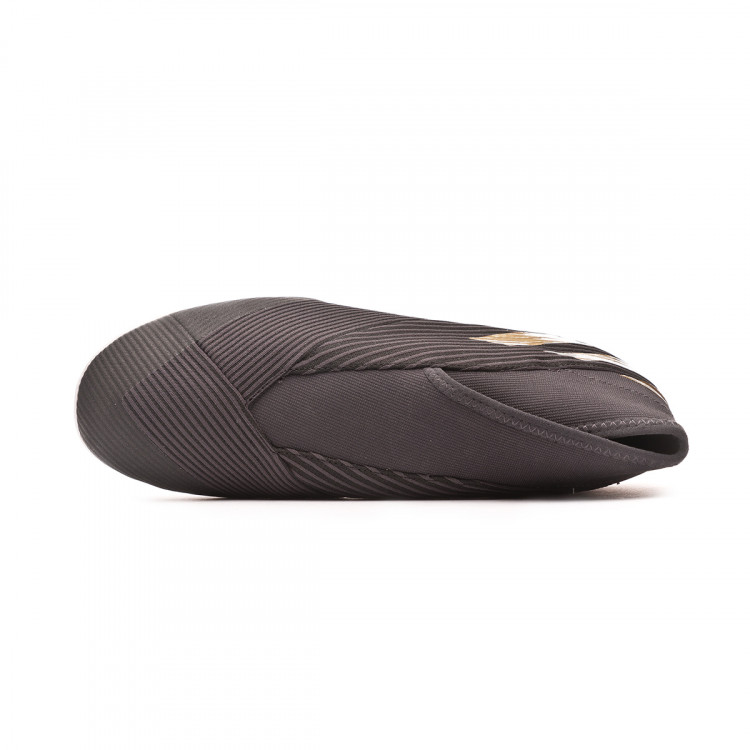 zapatilla-adidas-nemeziz-19.3-ll-in-core-black-gold-metallic-utility-black-4.jpg