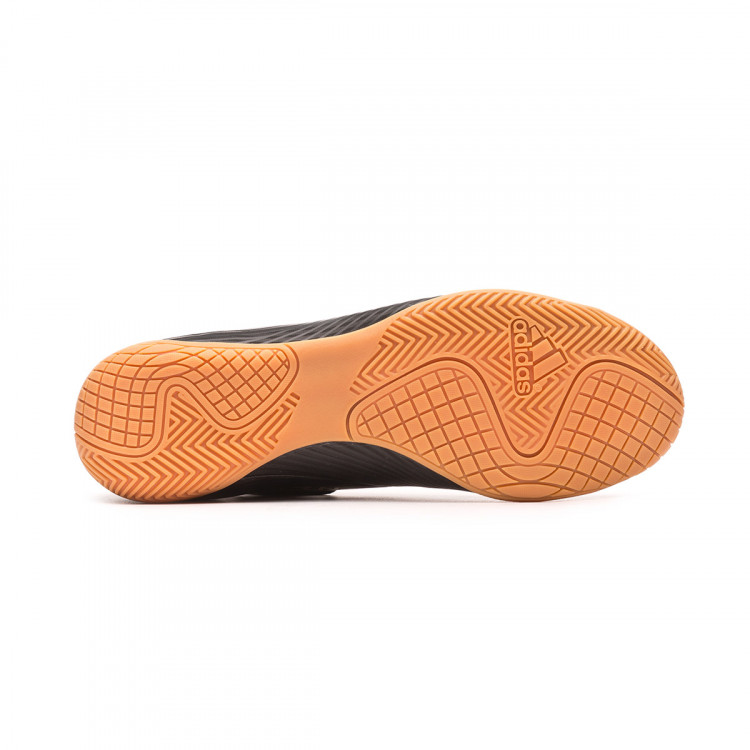 zapatilla-adidas-nemeziz-19.4-in-core-black-utility-black-3.jpg