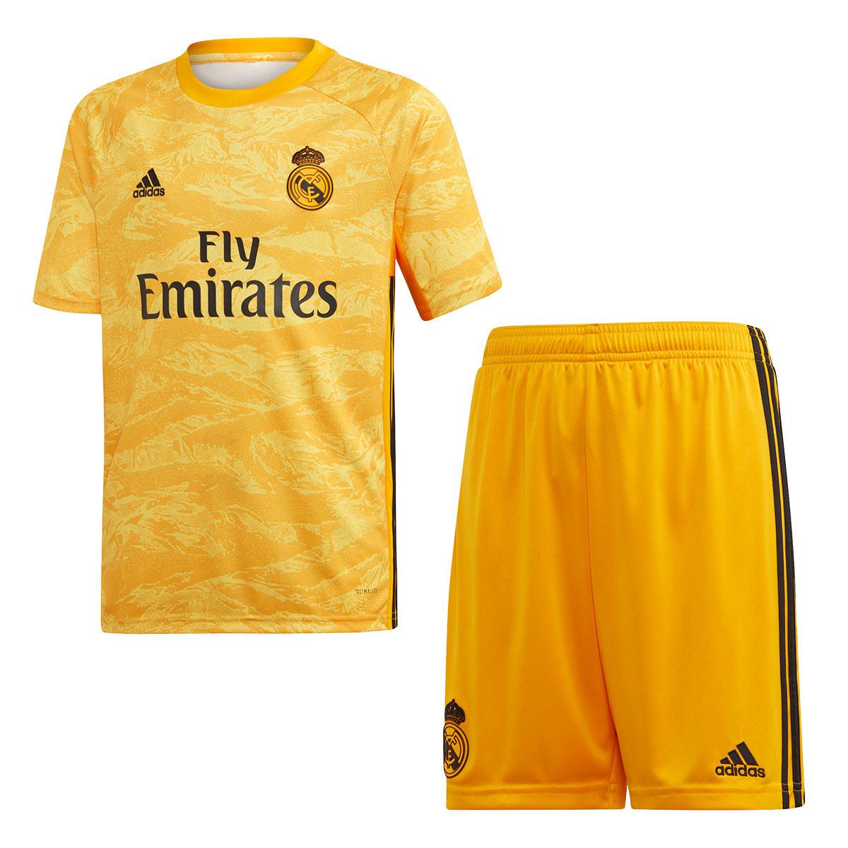 the latest 76ebf d7aee adidas Kids Real Madrid Goalkeeper 2019-2020 Home Kit