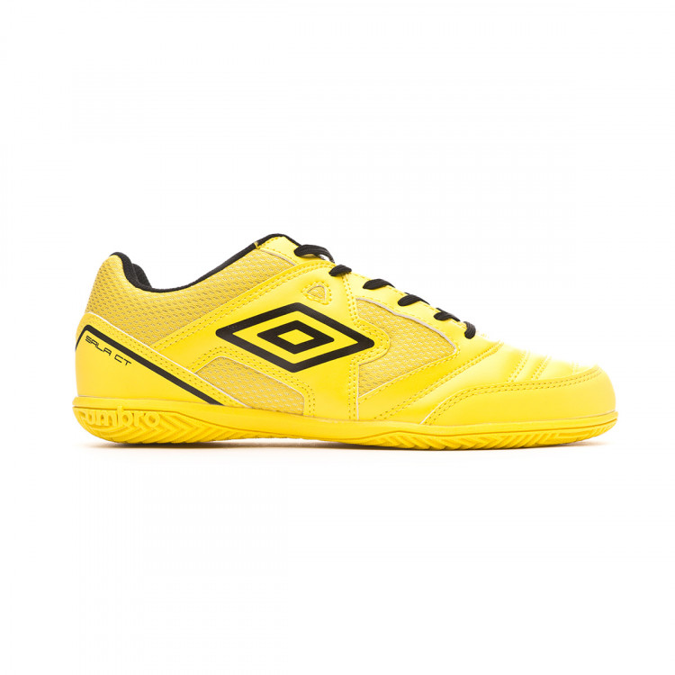 zapatilla-umbro-sala-ct-blazing-yellow-black-1.jpg
