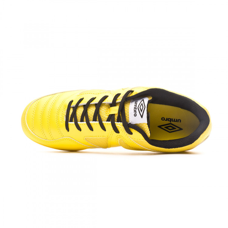 zapatilla-umbro-sala-ct-blazing-yellow-black-4.jpg