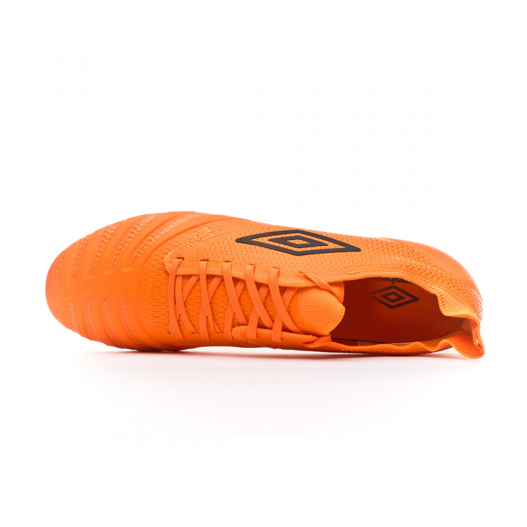 bota-umbro-ux-accuro-iii-pro-fg-d30-ltd-ed-orange-grey-4.jpg