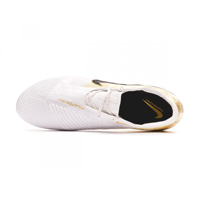 bota-nike-phantom-venom-elite-se-fg-white-metallic-vivid-gold-metallic-silver-4.jpg