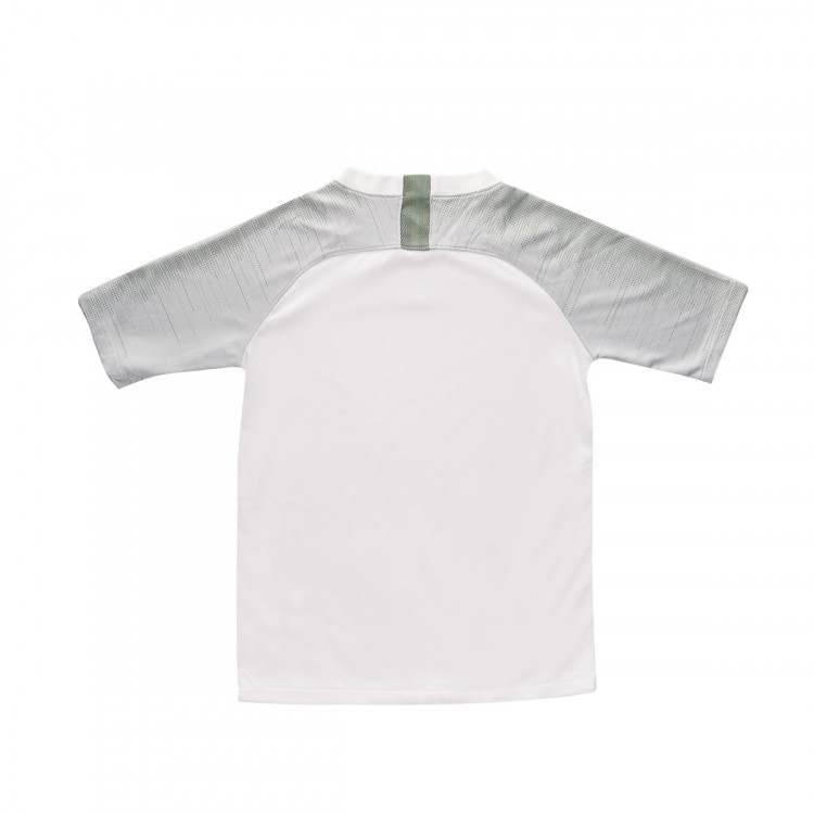 camiseta-nike-breathe-strike-top-ss-nino-white-silver-pine-iridescent-1.jpg