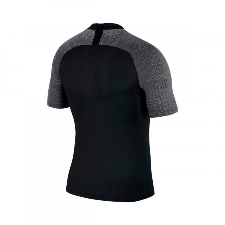 camiseta-nike-breathe-strike-top-ss-black-wolf-grey-anthracite-1.jpg