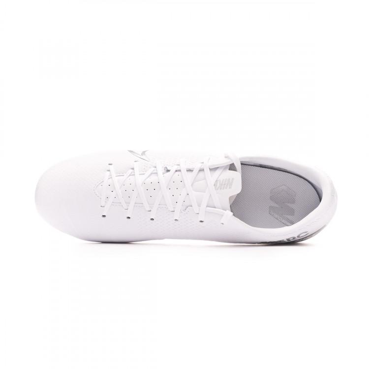 bota-nike-mercurial-vapor-xiii-academy-fgmg-white-chrome-metallic-silver-4.jpg
