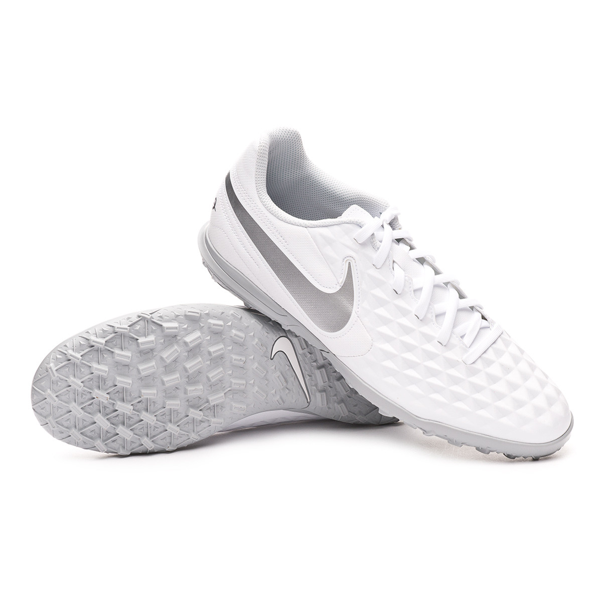 Limo Alojamiento idiota  Football Boots Nike Tiempo Legend VIII Club Turf White-Chrome-Pure  platinum-Wolf grey - Football store Fútbol Emotion