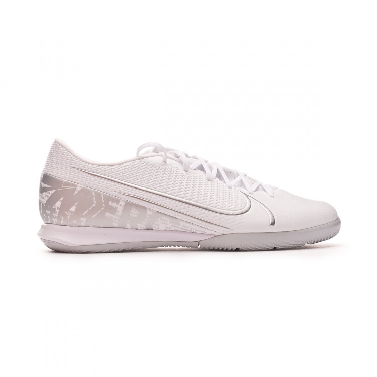 zapatilla-nike-mercurial-vapor-xiii-academy-ic-white-chrome-metallic-silver-1.jpg