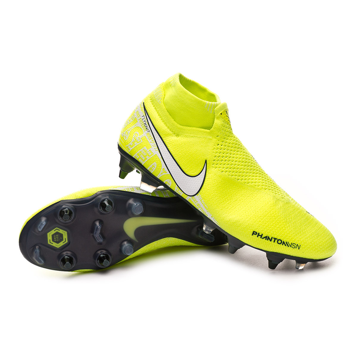 nike professional soccer shoes