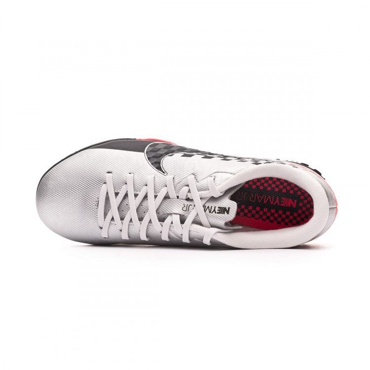 zapatilla-nike-mercurial-vapor-xiii-academy-turf-neymar-jr-nino-chrome-black-red-orbit-platinum-tint-4.jpg