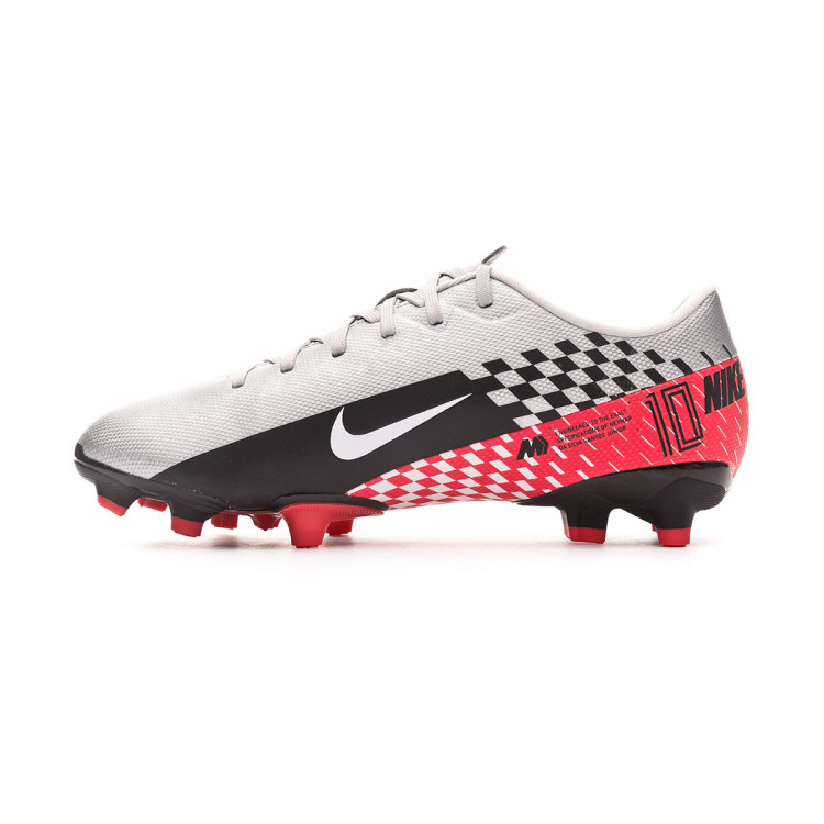 bota-nike-mercurial-vapor-xiii-academy-fgmg-neymar-jr-nino-chrome-black-red-orbit-platinum-tint-2.jpg