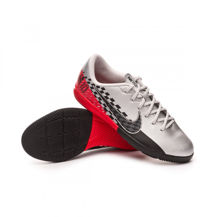 zapatilla-nike-jr-mercurial-vapor-xiii-academy-ic-neymar-jr-chrome-black-red-orbit-platinum-tint-0.jpg