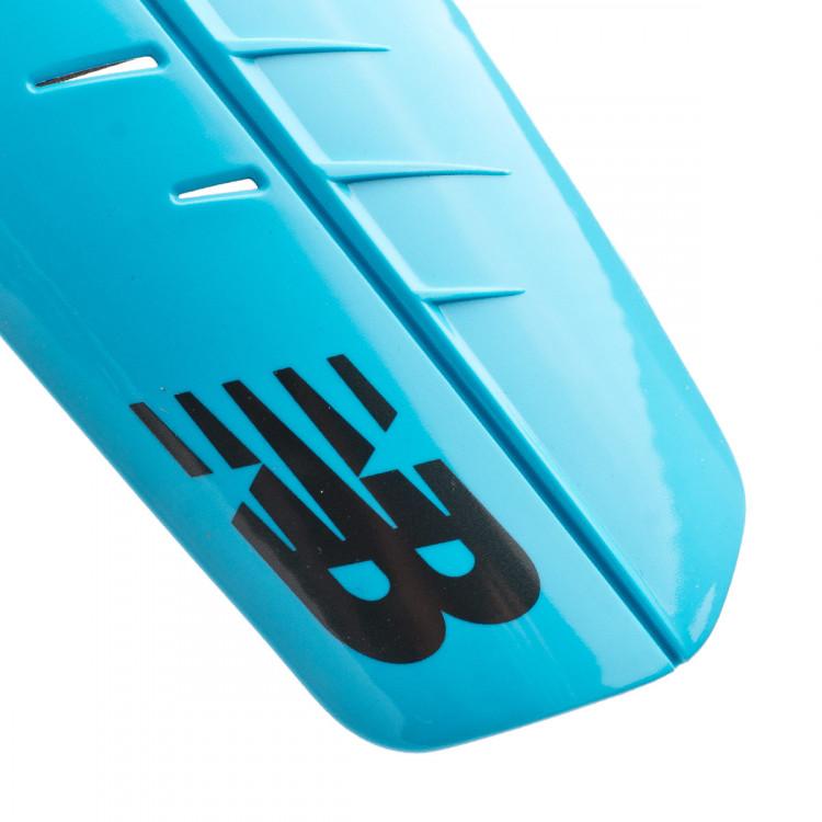 espinillera-new-balance-slip-strap-nino-bayside-supercell-3.jpg