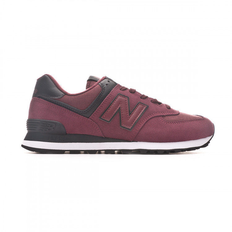 zapatilla-new-balance-classic-running-burgundy-black-1.jpg