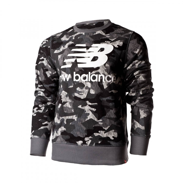 sudadera-new-balance-printed-essentials-stacked-logo-crew-camo-0.jpg