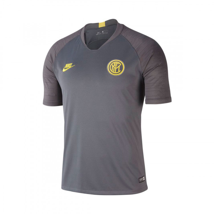 camiseta-nike-inter-milan-milan-breathe-strike-2019-2020-dark-grey-anthracite-tour-yellow-0.jpg