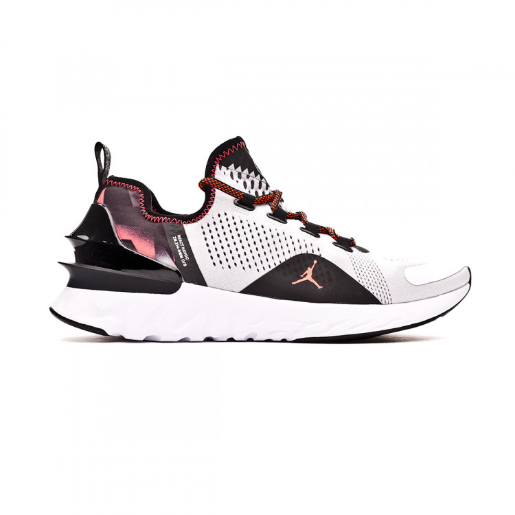 zapatilla-nike-paris-saint-germain-jordan-react-havoc-white-infrared-black-1.jpg