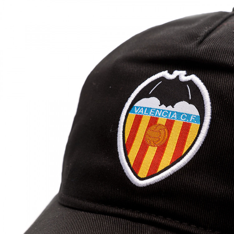gorra-puma-valencia-cf-training-2019-2020-black-white-2.jpg