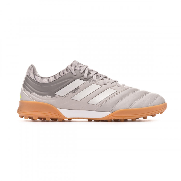 zapatilla-adidas-copa-20.3-turf-grey-two-silver-metallic-solar-yellow-1.jpg