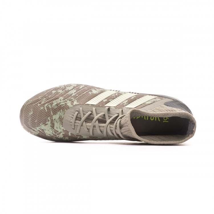 bota-adidas-predator-19.2-fg-legacy-green-sand-solar-yellow-4.jpg