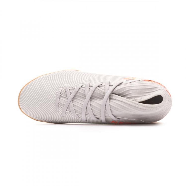 zapatilla-adidas-nemeziz-19.3-in-nino-grey-two-solar-orange-chalk-white-4.jpg