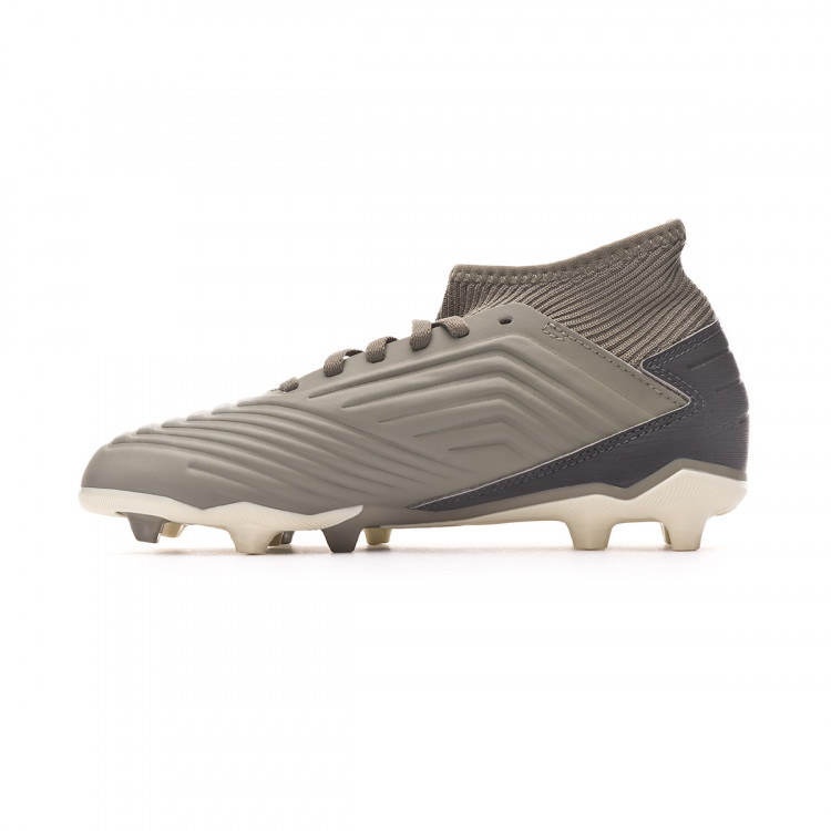 bota-adidas-predator-19.3-fg-nino-legacy-green-sand-solar-yellow-2.jpg